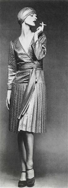 """Linda Morand by Regina Relang 1974 Paris. l""""Officiel Magazine"""