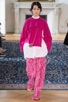 Sfilate Valentino Collezioni Primavera Estate 2017 - Sfilate Parigi - Moda Donna - Style.it