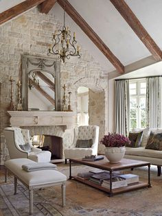 French Country style beige rustic living room decor with antique furniture and l. - French Country style beige rustic living room decor with antique furniture and linen sofa - Country Style Furniture, Country Style Living Room, Chic Living Room, Country Farmhouse Decor, Country Kitchens, Cozy Living, Country Style Homes, Modern Farmhouse, Living Room Decor