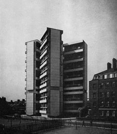Cluster Housing, Bethnal Green, London, 1960(Denys Lasdun)