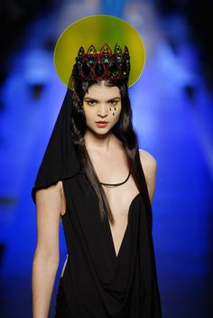 Chanel Resort, Podium, Fashion Designer, Jean Paul Gaultier, Mannequins, Kara, Catwalk, Crown, Instagram