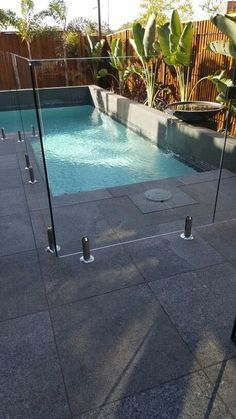 Of these enhancements, pool fence are a fine way to not only bump the draw of your pool area, but neighboring bump safety as soon as suggestion to the water. entwirft Schwimmteiche The New Inspiration for Pool Fence Ideas 2018 - My Little Think Backyard Pool Designs, Small Backyard Pools, Small Pools, Swimming Pool Designs, Outdoor Pool, Glass Pool Fencing, Glass Fence, Pool Fence, Backyard Fences