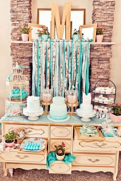 Wedding Cakes & Dessert Table Ideas ❤ Vintage to modern. See more: http://www.weddingforward.com/wedding-dessert-table-ideas-vintage-modern/ #weddingcakes