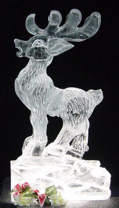 Monster block snowflake ice sculpture | Snow & ice sculptures ...