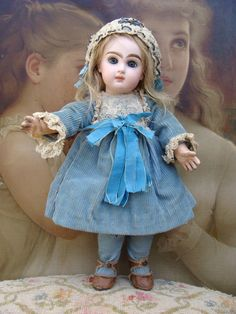 Adorable antique JUMEAU Bebe in rare size 2 from a-sunday-in-the-attic on Ruby Lane