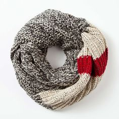 Chunky Cabin Infinity Scarf found on Polyvore featuring polyvore, fashion, accessories, scarves, chunky loop scarf, round scarves, chunky scarves, round scarf and circle scarves