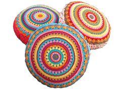 Rodada Almofada Pillow SUNRISE com aplicação de crochê e costura ~ Crochet padrão PDF