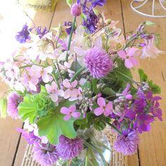 june flower posy