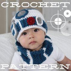 R2D2 crochet baby hat inspired by Star Wars por happyjourneys