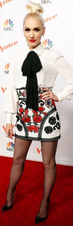 Who made Gwen Stefani's red floral print skirt and black pumps?