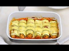 Canelones de calabacín con atún ¡Fáciles, sanos y deliciosos - YouTube Cooking Recipes, Healthy Recipes, Canapes, Cravings, Waffles, Low Carb, Menu, Breakfast, Foods