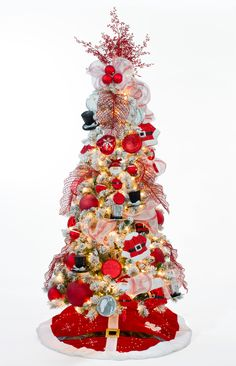 Con detalles rojos en tu árbol navideño puedes darle un toque de tradición y calidez a tu casa. Colección Frozen.