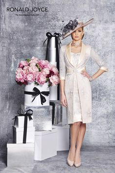 Evening Dresses 2017 New Design A-line White And Black V-Neck Sleeveless Backless Tea-length Sashes Party Eveing Dress Prom Dresses 2017 High Quality Dress Fuchsi China Dress Up Plain Dres Cheap Dresses Georgette Online Evening Gowns With Sleeves, Evening Dresses Plus Size, Formal Evening Dresses, Bride Groom Dress, Groom Outfit, Summer Wedding Outfits, Wedding Attire, Mob Dresses, Party Dresses