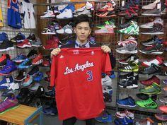 【新宿2号店】2014.10.19 CP3ファンのお客様(^o^)vお気に入りのTシャツが見つかって良かったです☆大学でもバスケ楽しんで下さい♪♪