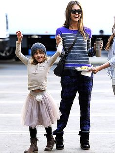 Jessica Alba and Daughter Honor Get Stylish OnSet   People.com
