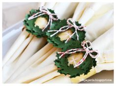 napkins ring wreathes using SVGCuts digital files from Mod Paperie Christmas Paper Napkins, Christmas Napkin Rings, Christmas Time, Christmas Crafts, Christmas Ornaments, Christmas Ideas, Silhouette Projects, Silhouette Cameo, Winter Wonderland