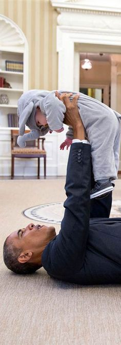 The cutest photos of President Barack Obama and the White House family.
