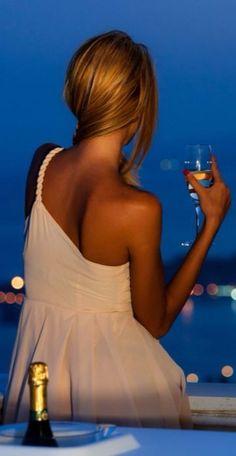 Champagne n The Sea