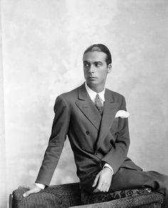 Cristóbal Balenciaga - Spanish High Fashion Designer -The best!