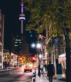Downtown Toronto at Night Toronto Canada, Visit Toronto, Toronto City, Downtown Toronto, Toronto Skyline, Toronto Travel, Chicago Travel, Torre Cn, Monte Carlo