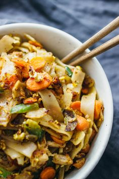 1000+ ideas about Pad See Ew on Pinterest | Noodles, Thai ...
