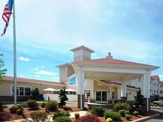 Hadley (MA) Econo Lodge United States, North America Located in Hadley, Econo Lodge is a perfect starting point from which to explore Hadley (MA). Offering a variety of facilities and services, the hotel provides all you need for a good night's sleep. 24-hour front desk, facilities for disabled guests, express check-in/check-out, Wi-Fi in public areas, car park are on the list of things guests can enjoy. All rooms are designed and decorated to make guests feel right at home, a...