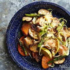 Chicken gets a re-boot in this super fresh stir fry! Crunchy apples and satisfying veggies compliment this dish perfectly.