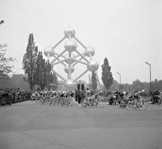 1960 Tour de France riding by the Atomium