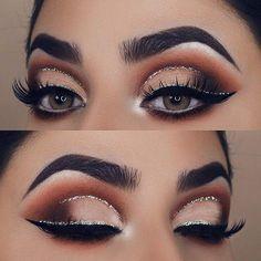 Silver Glitter Cut Crease Eye Makeup Idea