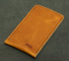 iPhone 5s Leather Sleeve / Cover - CHARACTER (Organic Leather)