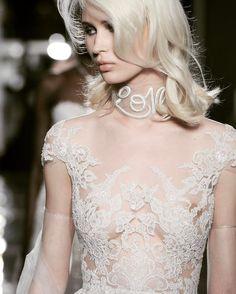 Reem Acra Love neckerchief Stunning Wedding Dresses, Wedding Dress Styles, Dream Wedding Dresses, Bridal Dresses, Wedding Dress Accessories, Bridal Fashion Week, Bridal Style, Marie, Reem Acra
