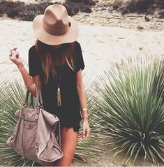 Brown hat #women #fashion #outfit
