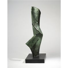 Barbara Hepworth, Vertical form, 1962