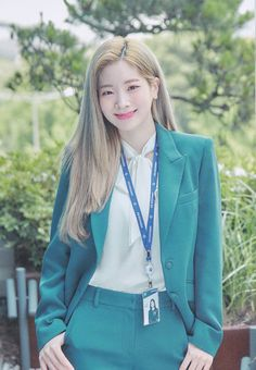 Find images and videos about kpop, twice and dahyun on We Heart It - the app to get lost in what you love. Nayeon, South Korean Girls, Korean Girl Groups, Jaehyo Block B, Rapper, Twice Once, Twice Dahyun, Twice Kpop, Kpop Girls