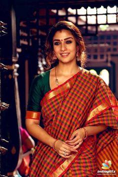 South Indian actress Nayanthara new photo gallery. Latest hd image gallery of Nayanthara. Sonam Kapoor, Deepika Padukone, Nayanthara In Saree, Nayanthara Hairstyle, Saree Hairstyles, Indian Hairstyles, Checks Saree, Saree Models, Elegant Saree