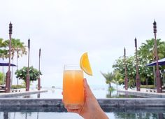 Care to have a sip of pure tropical delight? We're your answer! Indulge in our sister resort The Sakala Resort Bali's most refreshing cocktails and other beverages at #SakalaBeachClub. Tag 2 frineds you'd love to spend an evening here with!  #TheSakalaResortBali #NilamaniHotels