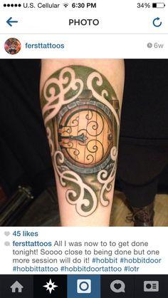 Resultado de imagem para tattoo hobbit door Hobbit Tattoo, Tolkien Tattoo, Lotr Tattoo, Tattoo You, Tattoo Quotes, Earth Tattoo, Universe Tattoo, Ring Tattoos, Cool Tattoos