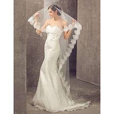 One-tier Cathedral Wedding Veil With Applique Edge – USD $ 29.99