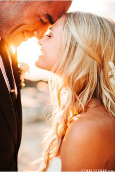 Soooooooooo romantic!!!  Clayton Stanley marries his sweetheart on O'ahu / Josh Elliott Photography / Michelle Garibay Events