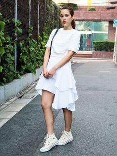 【ELLEgirl】RIINA|いま買ってOK!夏→秋スウィッチ計画② /// MIDI丈スカート編|エル・ガール・オンライン