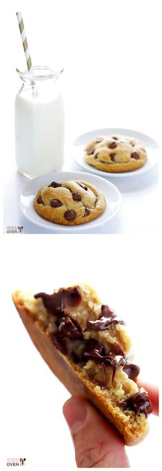 Coconut Oil Chocolate Chip Cookies -- soft, chewy, easy to make, butter-free. Definitely a soft cookie with a little crisp - yum Mini Desserts, Vegan Desserts, Just Desserts, Delicious Desserts, Yummy Food, Soft Chocolate Chip Cookies, Cookies Soft, Chocolate Chips, Yummy Cookies