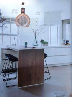Integrated bar- morning breakfast table. How to do that in our kitchen?