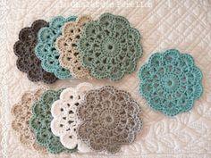 Pause café - Le Chalet des Perelles Yes. Mandala Au Crochet, Crochet Diy, Crochet Circles, Crochet Motifs, Crochet Amigurumi, Form Crochet, Crochet Gifts, Crochet Flowers, Crochet Hooks