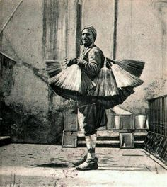 Süpürgeci (1902)  #birzamanlar #istanlook