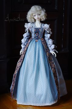 Historical costumes dolls by AyuAna
