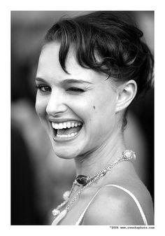 Natalie Portman can wink