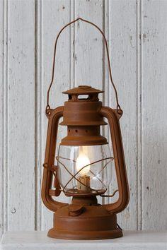 Electric Light - Rusty Lantern Table Lamp x Lantern Drawing, Montana Living, Camping Lamp, How To Make Lanterns, Lantern Lamp, Christmas Paintings, Oil Lamps, Lamp Design, Painting Inspiration