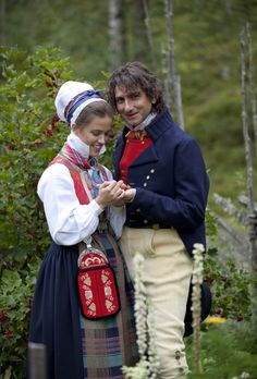 "Chief Curator at ""Norsk Folkemuseum"" in Oslo, Tomas Walle with Anne Kristin Moe from ""Norwegian Institutt of Folk Costumes"" in costume from Nordmøre - So funny. met this woman at the museum today. She was one of our tour guides:) Norwegian Vikings, Holland, Traditional Dresses, Traditional Wedding, Love Clothing, Movie Costumes, Folk Costume, My Heritage, Norway"