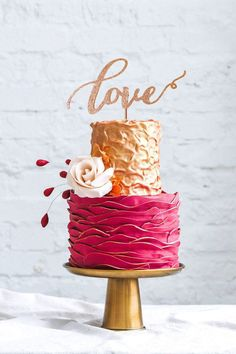 Love Wedding Cake Topper by Thistle and Lace Embellish your cake with this beautiful Love cake topper. It tastefully add sparkle to any special event such as weddings, bridal showers, wedding showers, and stag and does. #CakeTopper, #RusticCakeTopper, Wedding Cake Toppers, Wedding cake, Glittery Cake Topper #ThistleAndLace
