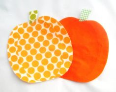 Pair of Pumpkins Large Iron On Applique  No by NewEnglandQuilter